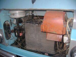A-03 unter der Motorhaube
